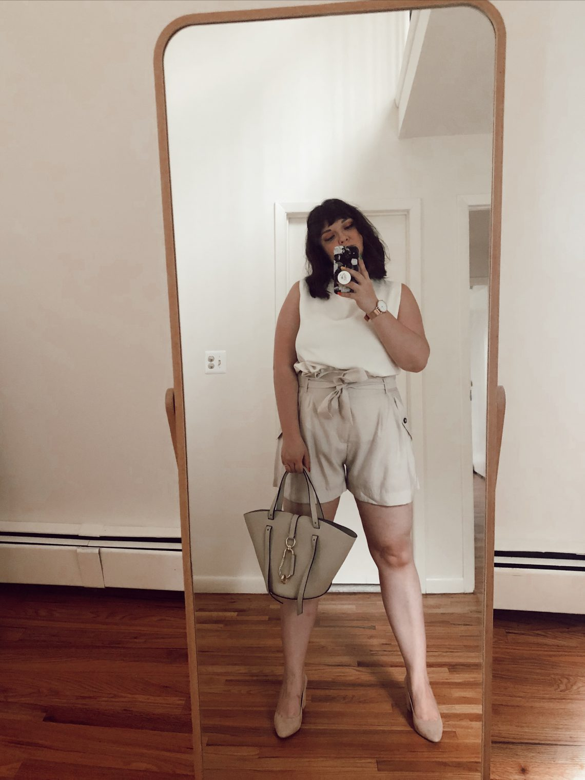 travel blogger, fashion blogger, food blogger, ootd, style, outfit, foodie, blogger, travel blog, fashion blog, food blog, bucket list, bucket list check, married life, married as fuck, mrs and mr judish, lynzi judish, dave brown, bucket list blog, NYC, body image, body positivity, lifestyle, plus size, ootd, outfit of the day, fashion bloggers, H&M, Zac Zac Posen, handbag, belay leather tote, nude outfit, beige outfit, beige pumps